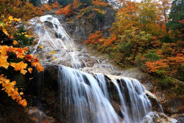 Ubagataki Waterfall